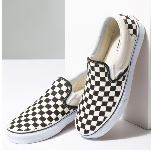 9147bf35085f VANs Classic checkerboard slip ons